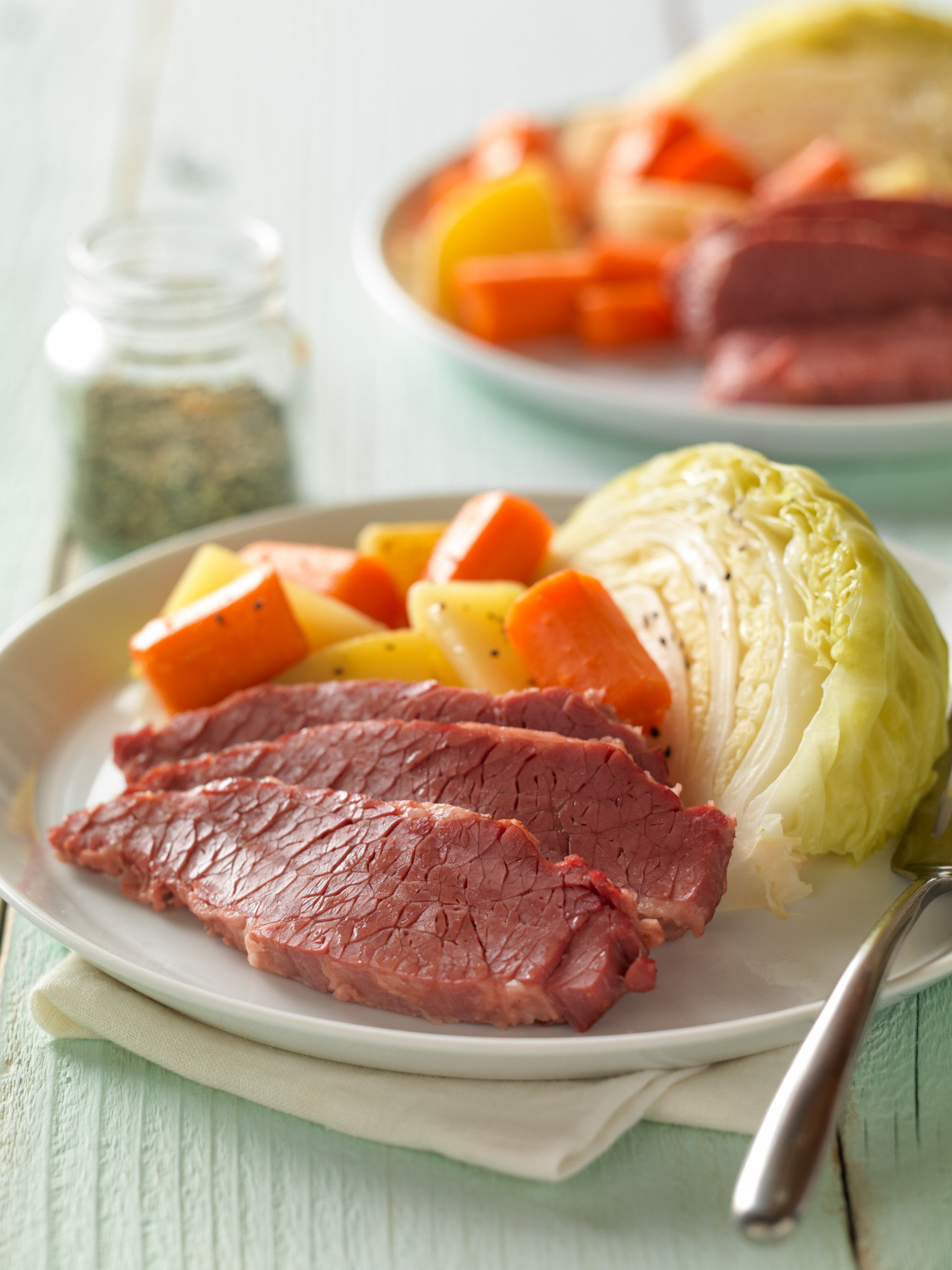Cornbeef And Cabbage Recipe  Classic Corned Beef with Cabbage and Potatoes – Recipes