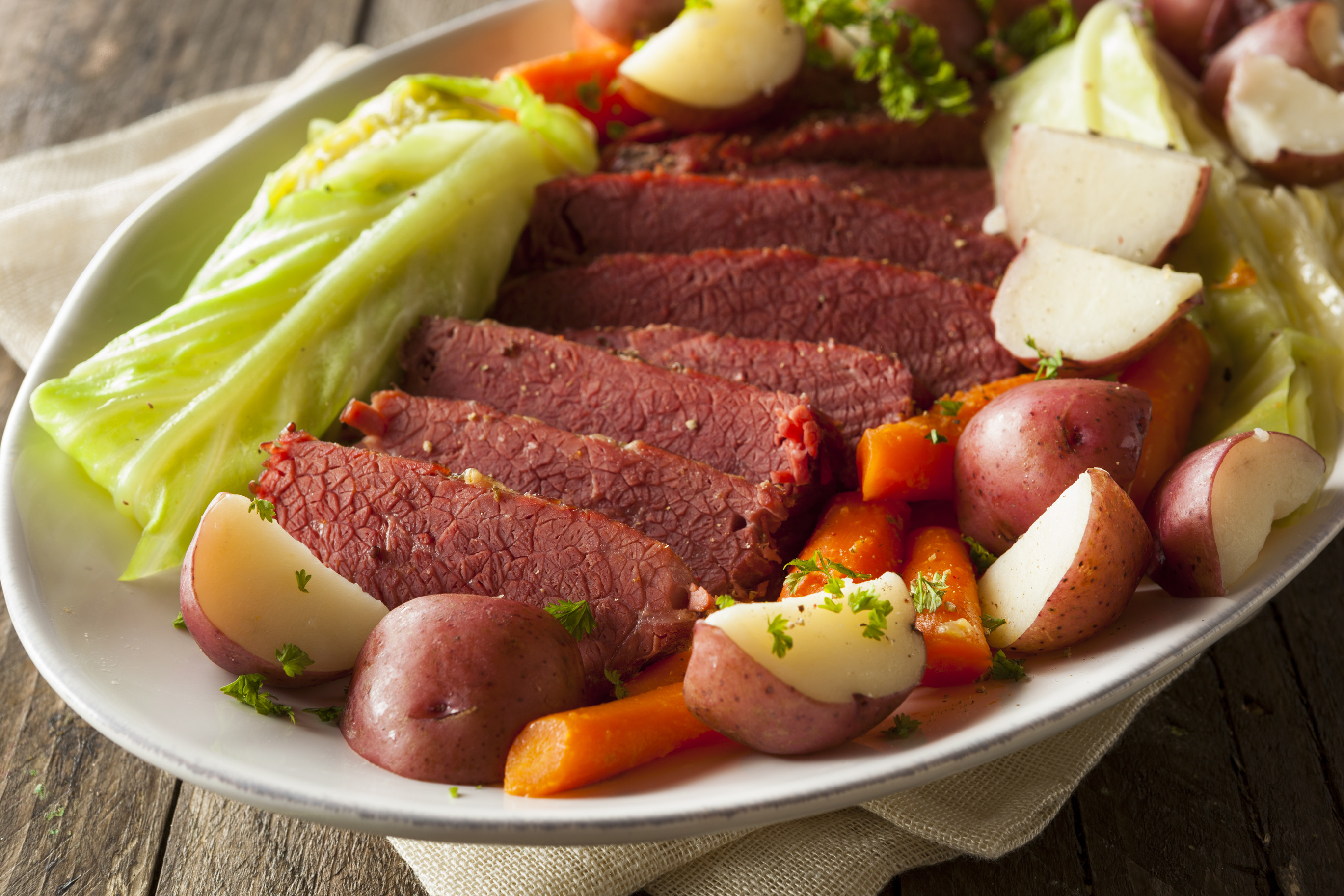 Cornbeef And Cabbage Recipe  Sumptuous Corned Beef & Cabbage Recipe Centsably Creative