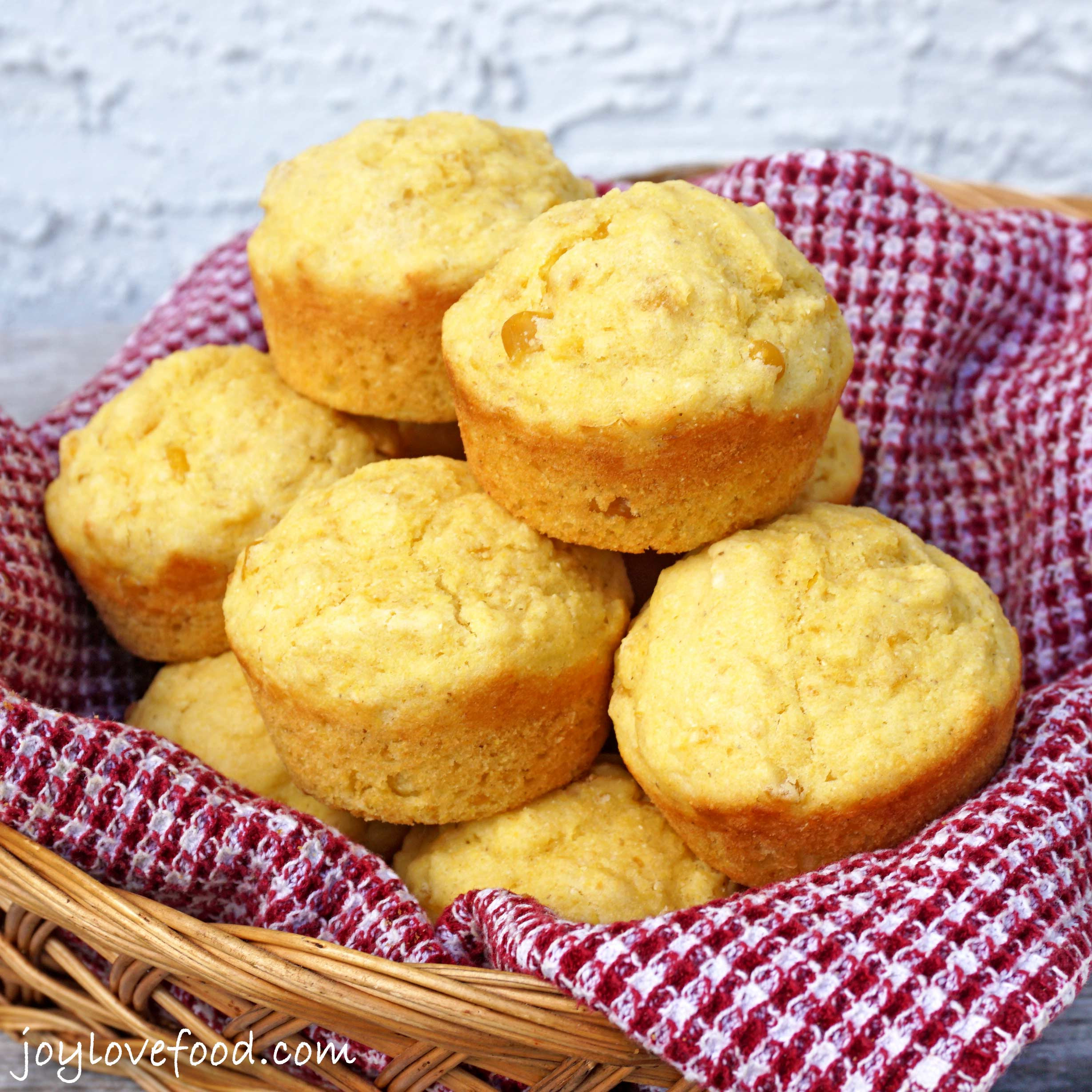 Cornbread Muffins Recipe  cornbread muffin recipe with creamed corn