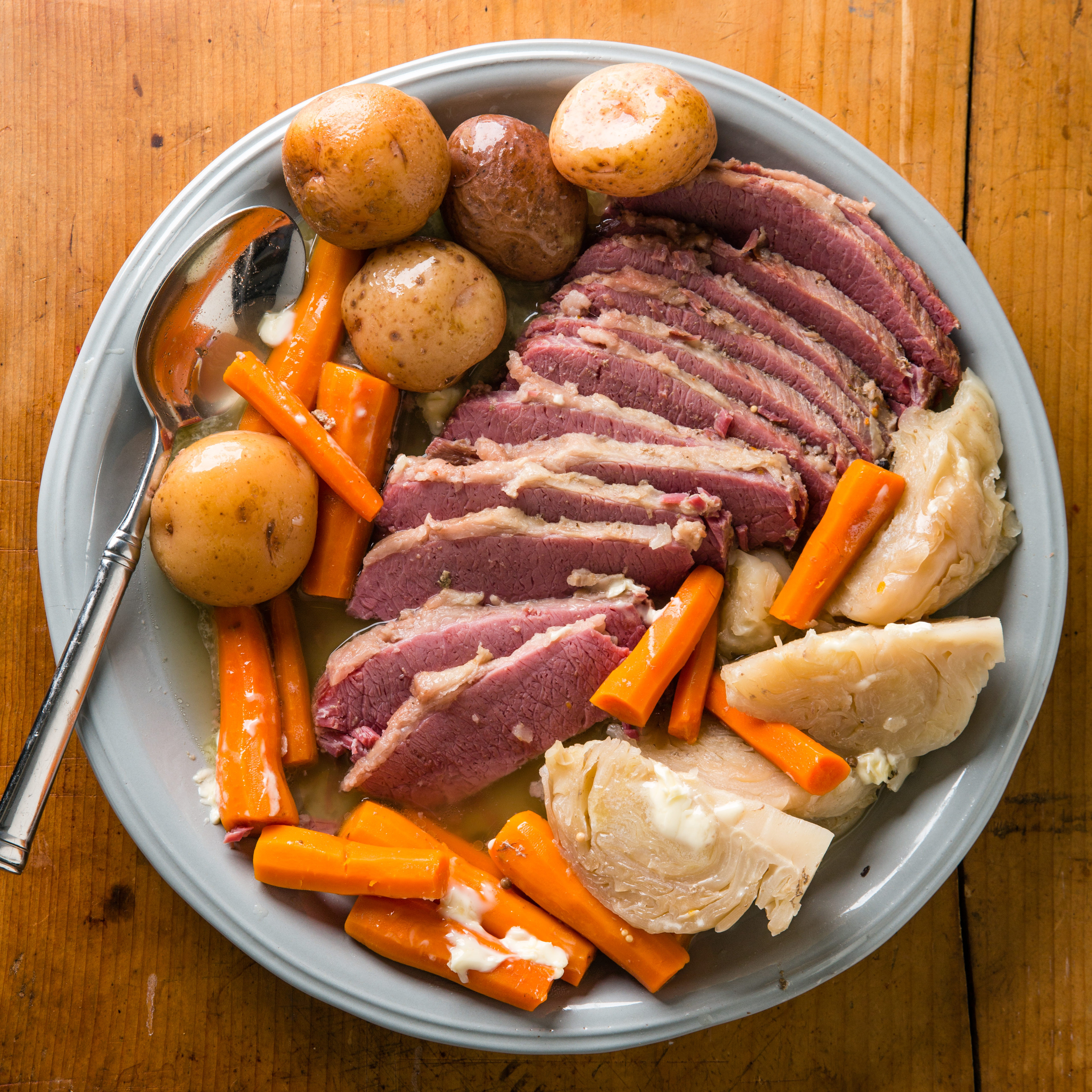 Corned Beef Cabbage Slow Cooker  Slow Cooker Corned Beef and Cabbage