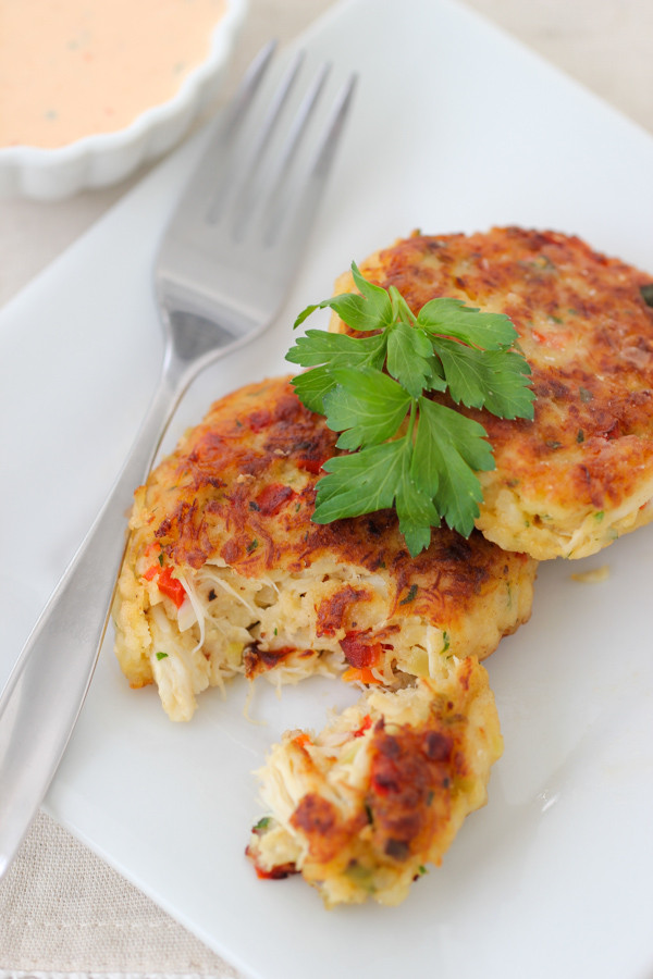 Crab Cakes Sauce  Crab Cakes With Roasted Red Pepper Sauce Olga s Flavor