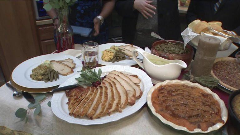 Cracker Barrel Christmas Dinner  Cracker Barrel is ready to make your Thanksgiving dinner