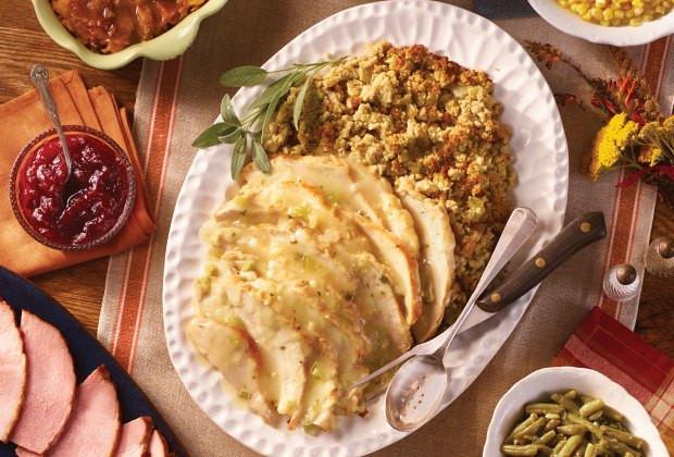 Cracker Barrel Christmas Dinner  Kid Friendly Restaurants Open on Thanksgiving in Houston