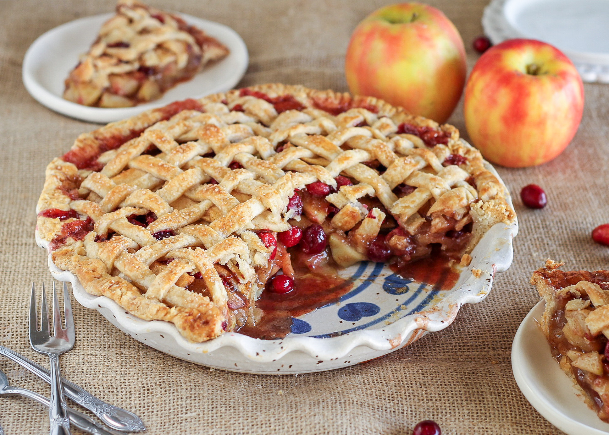 Cranberry Apple Pie  You Have to Make This Cranberry Apple Pie for Thanksgiving