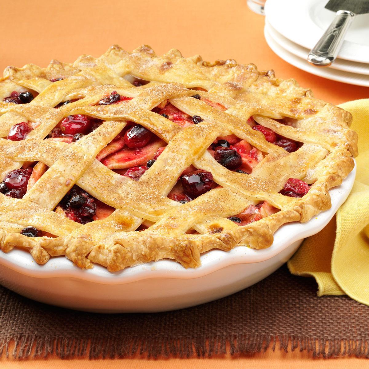Cranberry Apple Pie  Cranberry Apple Lattice Pie Recipe