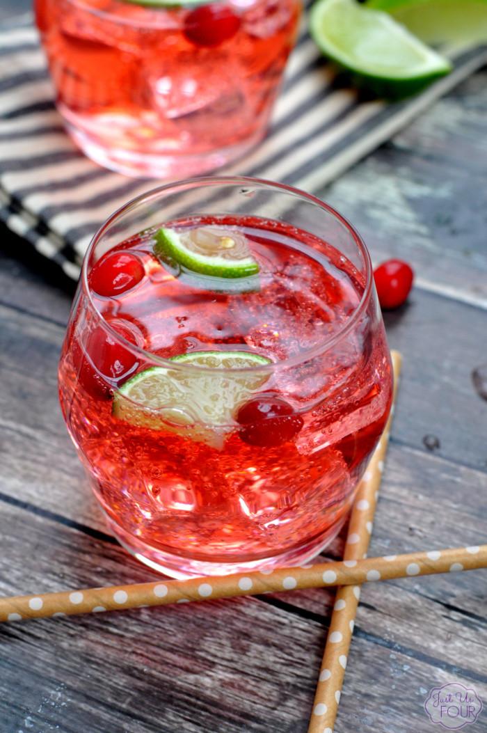 Cranberry Vodka Drinks  Cranberry Lime Vodka Tonic Vodka Mixed Drinks