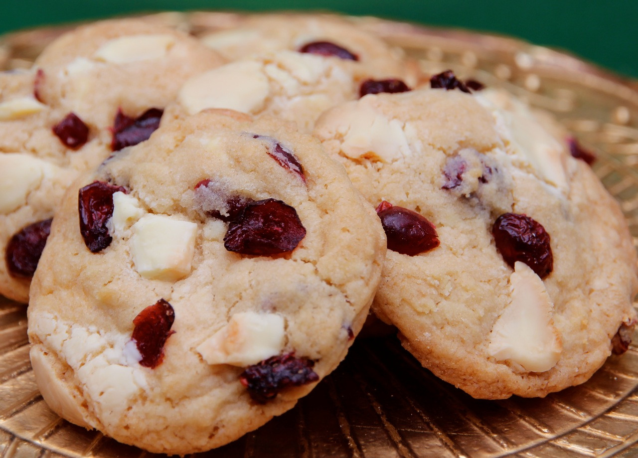 Cranberry White Chocolate Cookies  Cranberry and White Chocolate Chunk Cookies