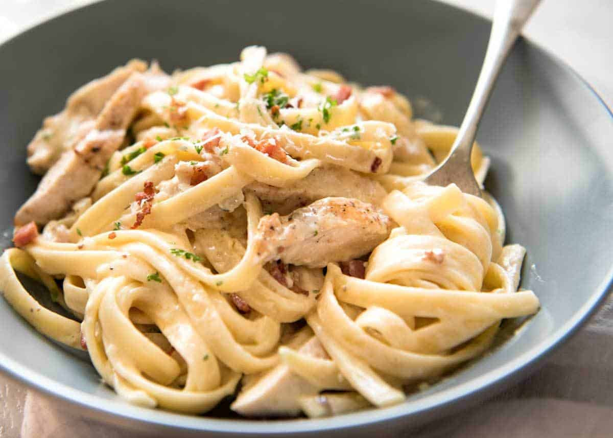 Creamy Chicken And Noodles  Creamy Chicken and Bacon Pasta