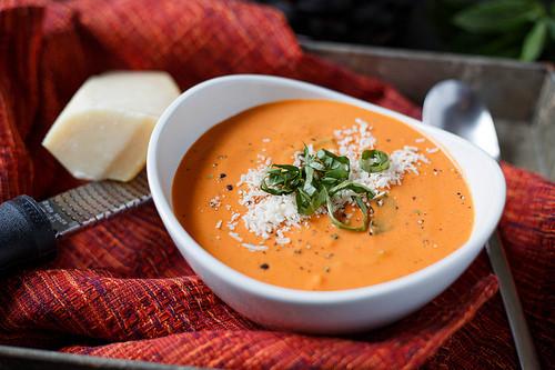 Creamy Tomato Basil Soup  Quick and Easy Creamy Tomato Basil Soup