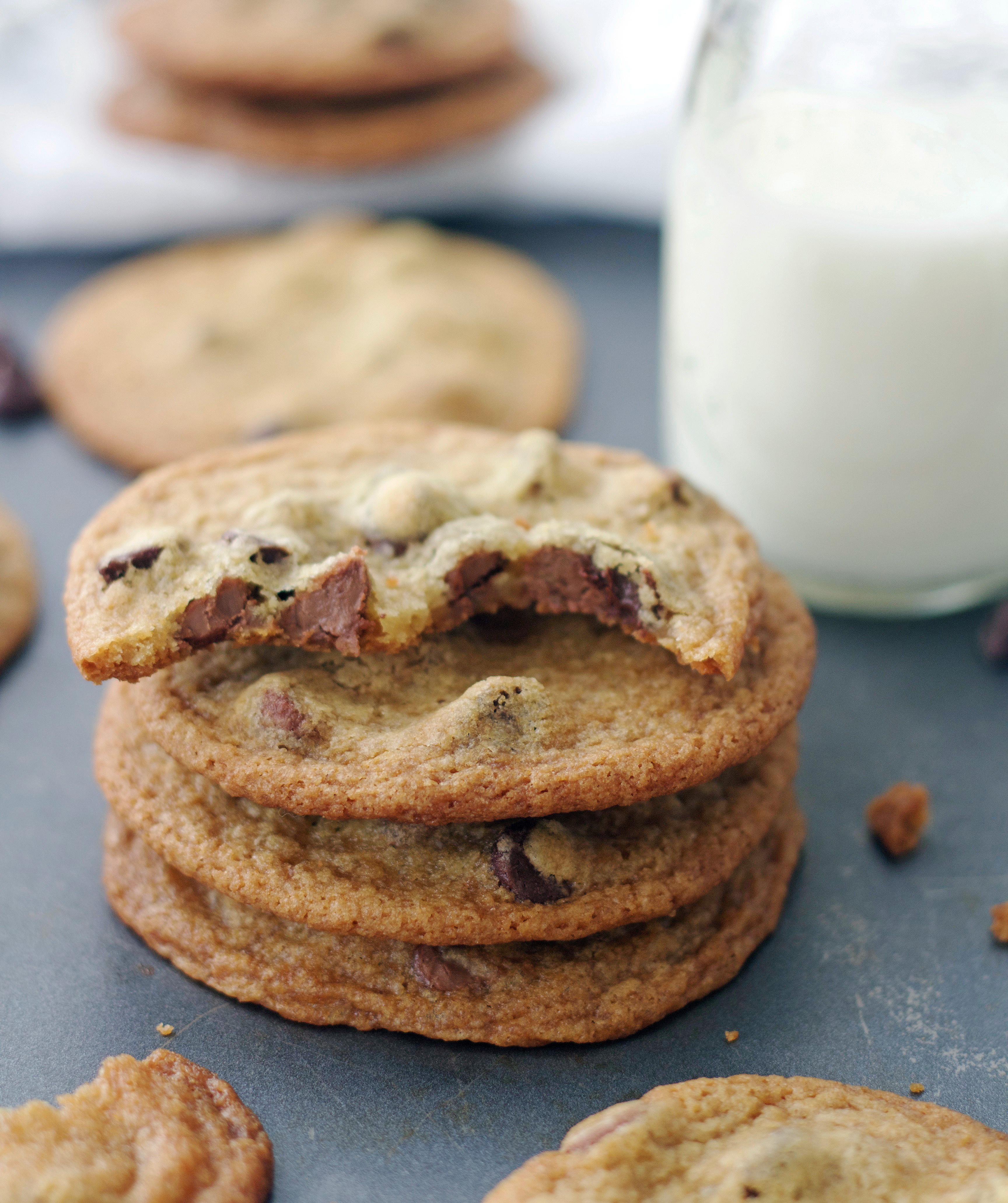 Crispy Chocolate Chip Cookies  Thin & Crispy Chocolate Chip Cookies 5 Boys Baker