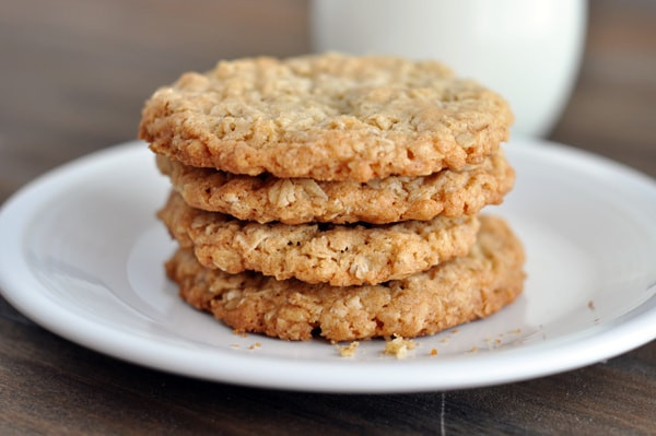 Crispy Oatmeal Cookies  Thin and Crispy Oatmeal Cookies
