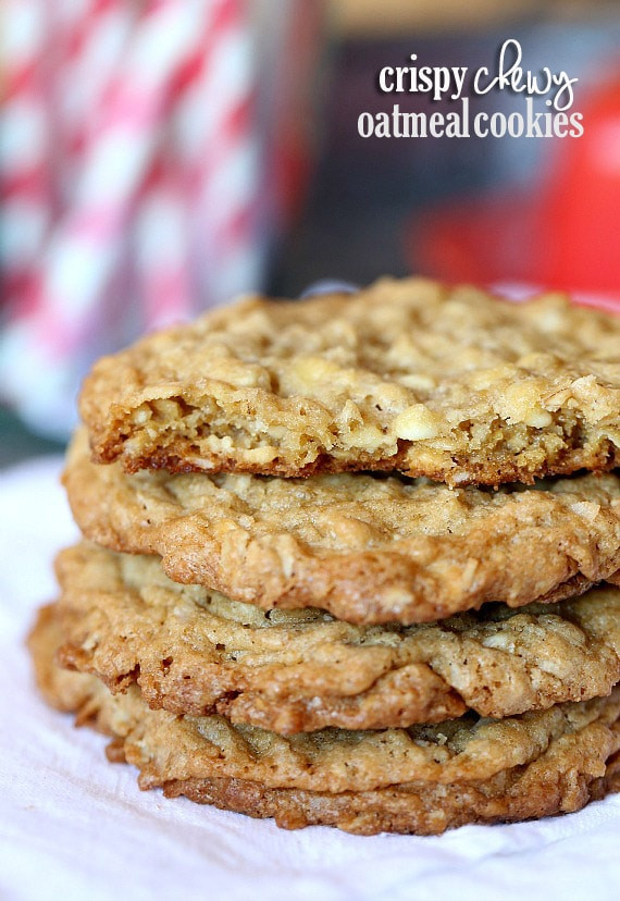 Crispy Oatmeal Cookies  Crispy Chewy Oatmeal Cookies Cookies and Cups