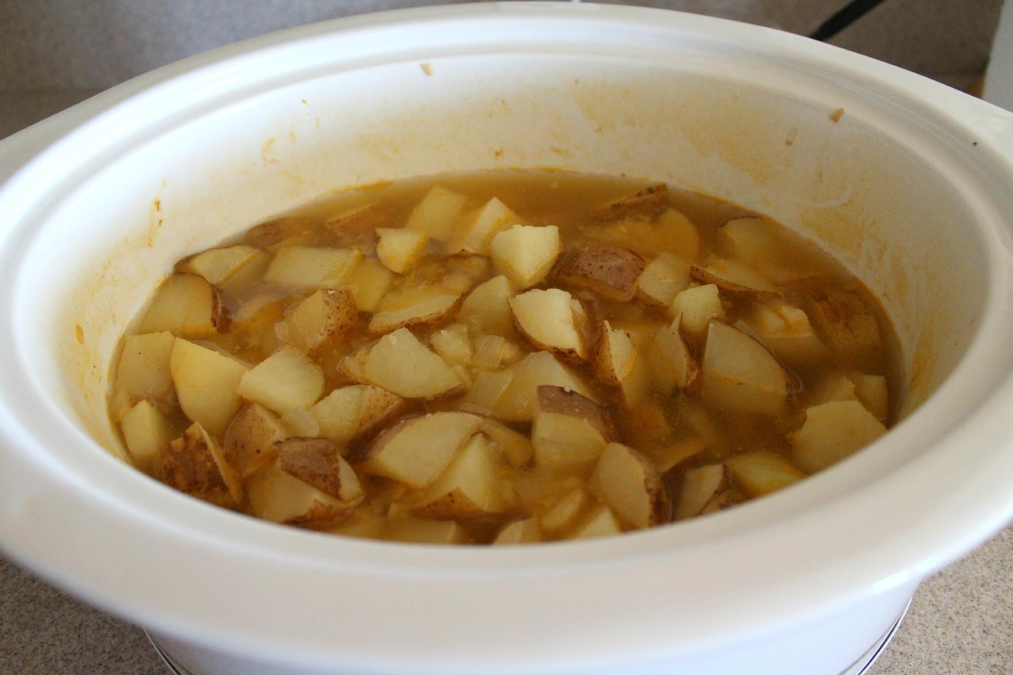 Crock Pot Potato Recipes  Easy Crock Pot Potato Soup Recipe Teaspoon Goodness