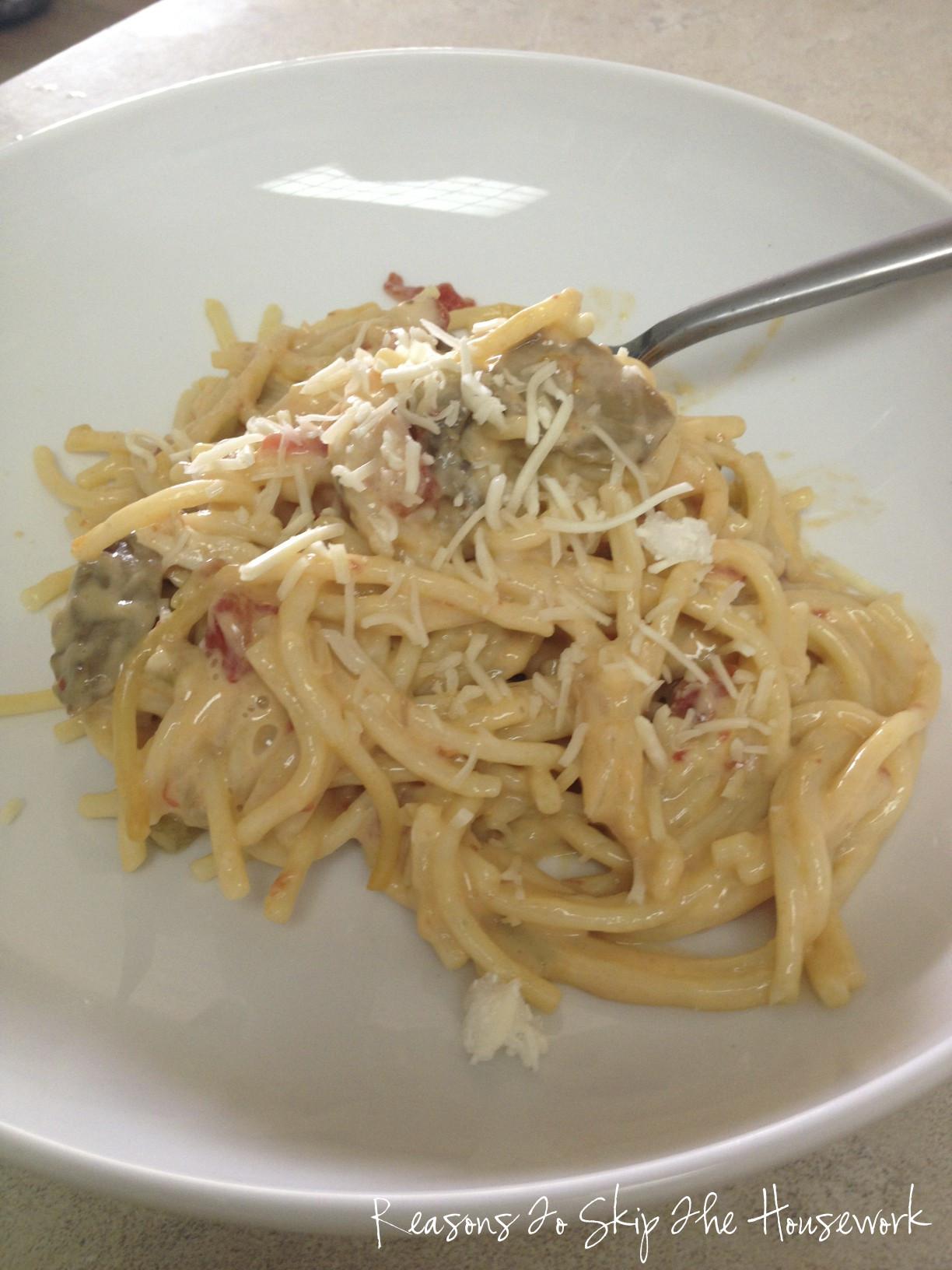 Crockpot Chicken Spaghetti  Crockpot Chicken Spaghetti with Velveeta Skip The Housework