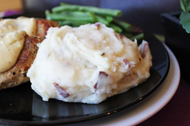Crockpot Roasted Potatoes  Crock Pot Roasted Garlic Mashed Potatoes