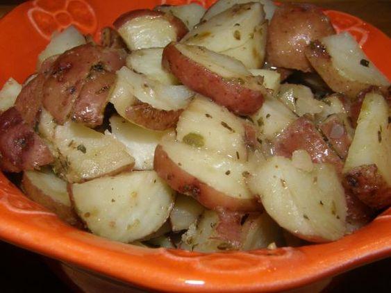 Crockpot Roasted Potatoes  Robyn s Crock Pot Herb Roasted Potatoes