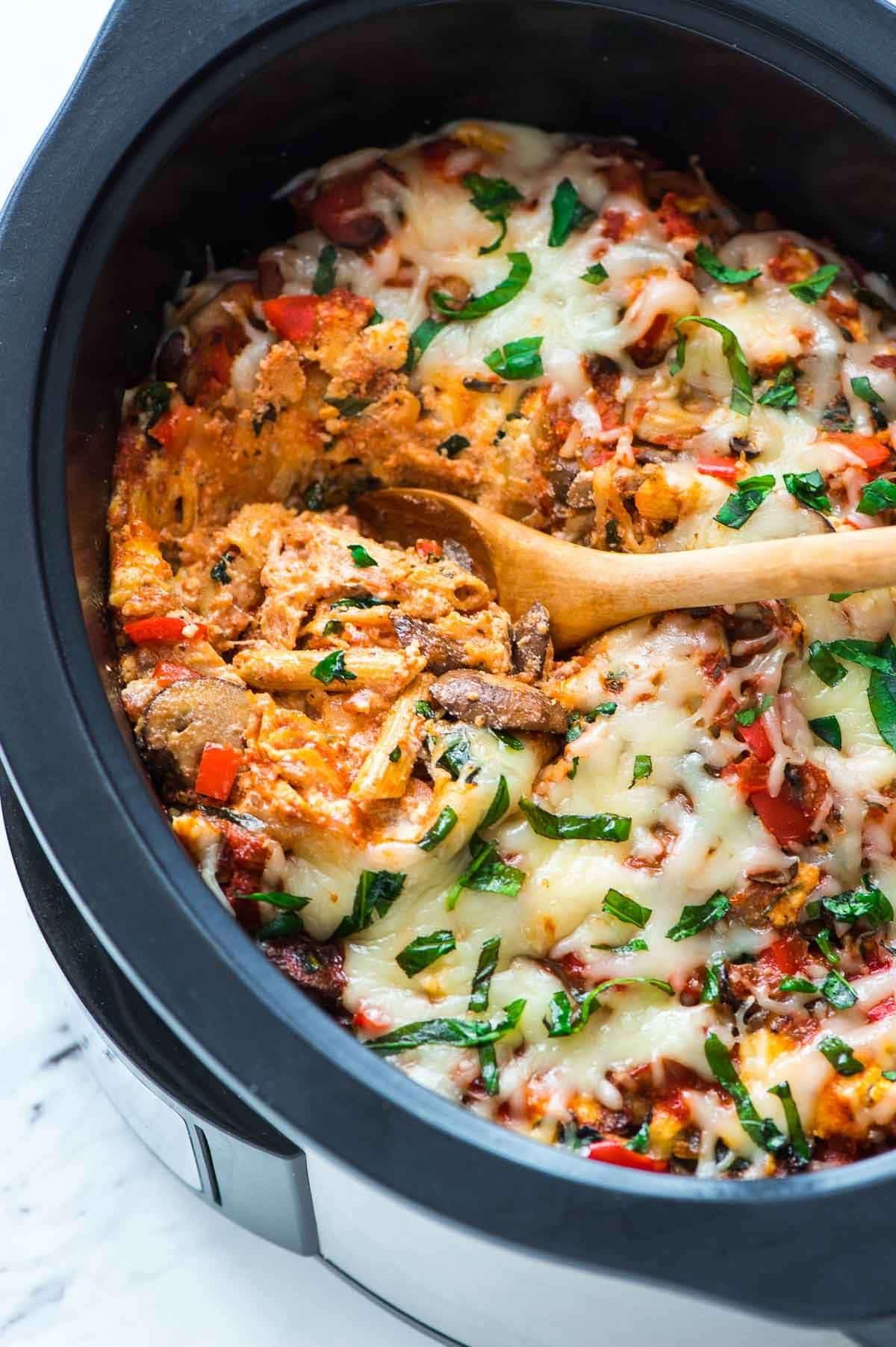 Crockpot Vegetarian Recipes  Crock Pot Pasta Recipe Meatless Pasta Dinner