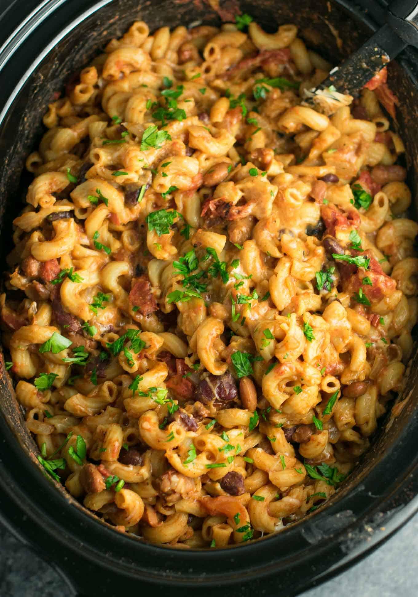 Crockpot Vegetarian Recipes  Slow Cooker Ve arian Chili Mac Recipe Build Your Bite