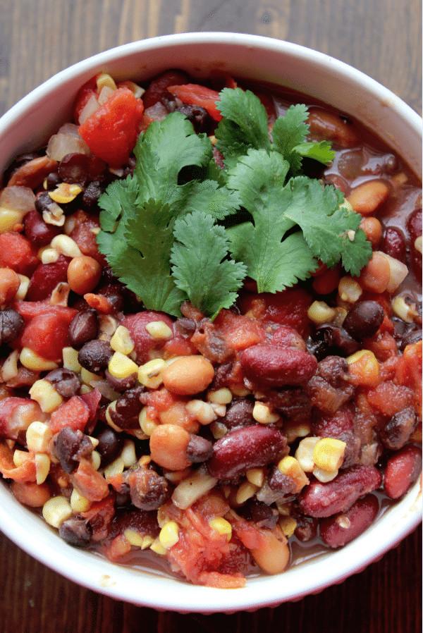 Crockpot Vegetarian Recipes  Crock Pot Ve arian Three Bean Chili