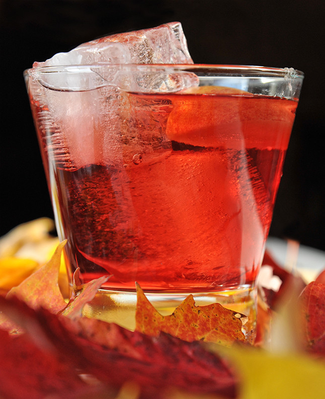 Crown Apple Drinks Recipes  Cocktail Recipes Crown Royal Regal Apple Crownberry