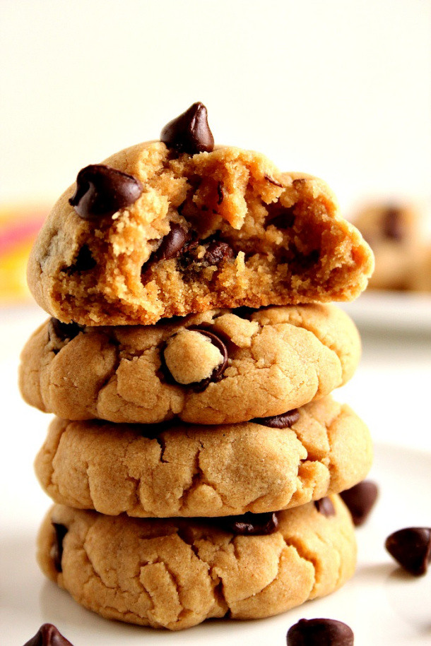 Crunchy Chocolate Chip Cookies  The BEST Peanut Butter Cookie Recipes and Treats