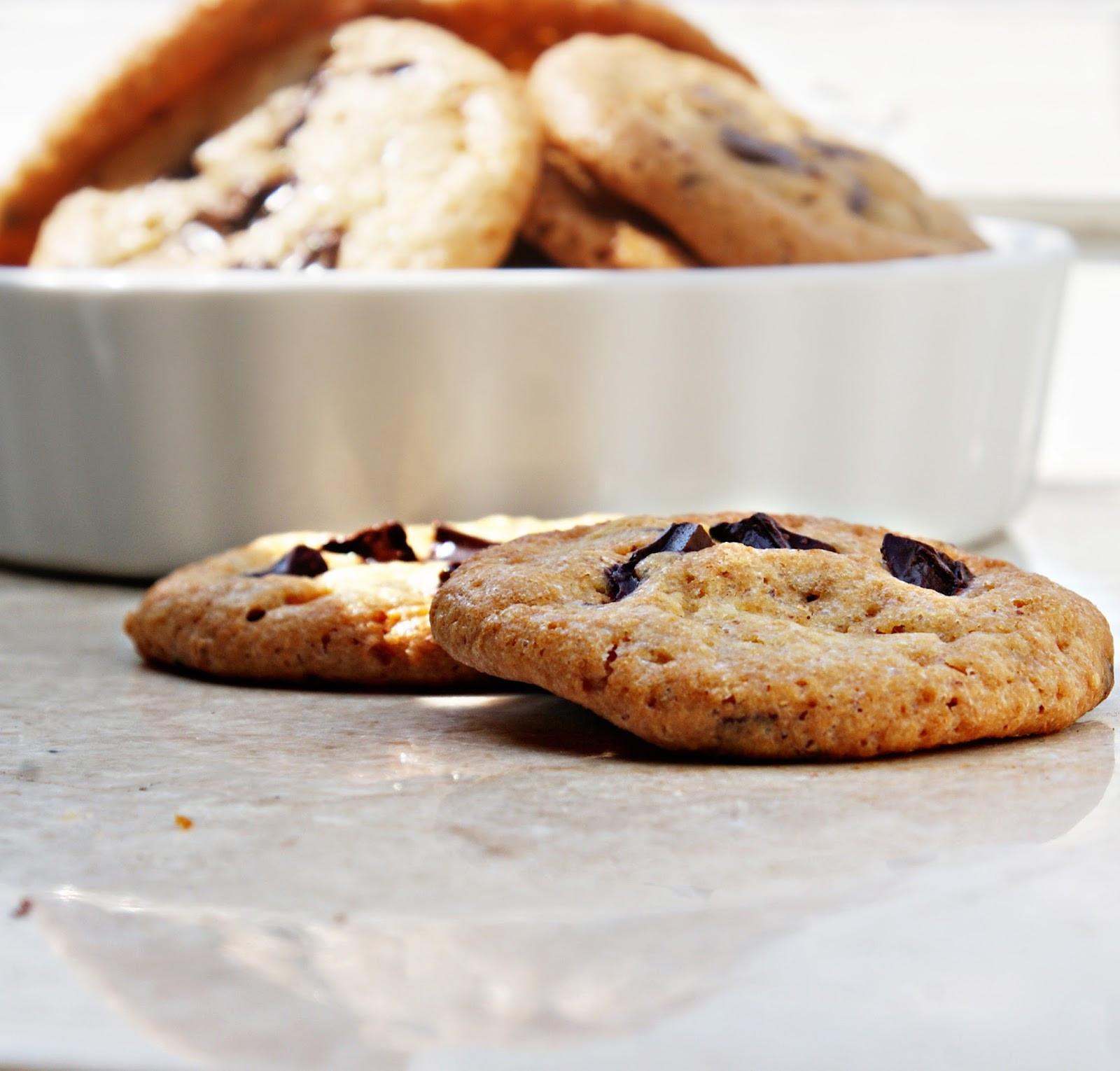 Crunchy Chocolate Chip Cookies  Kuchenkoma Classic Crispy Chocolate Chip Cookie