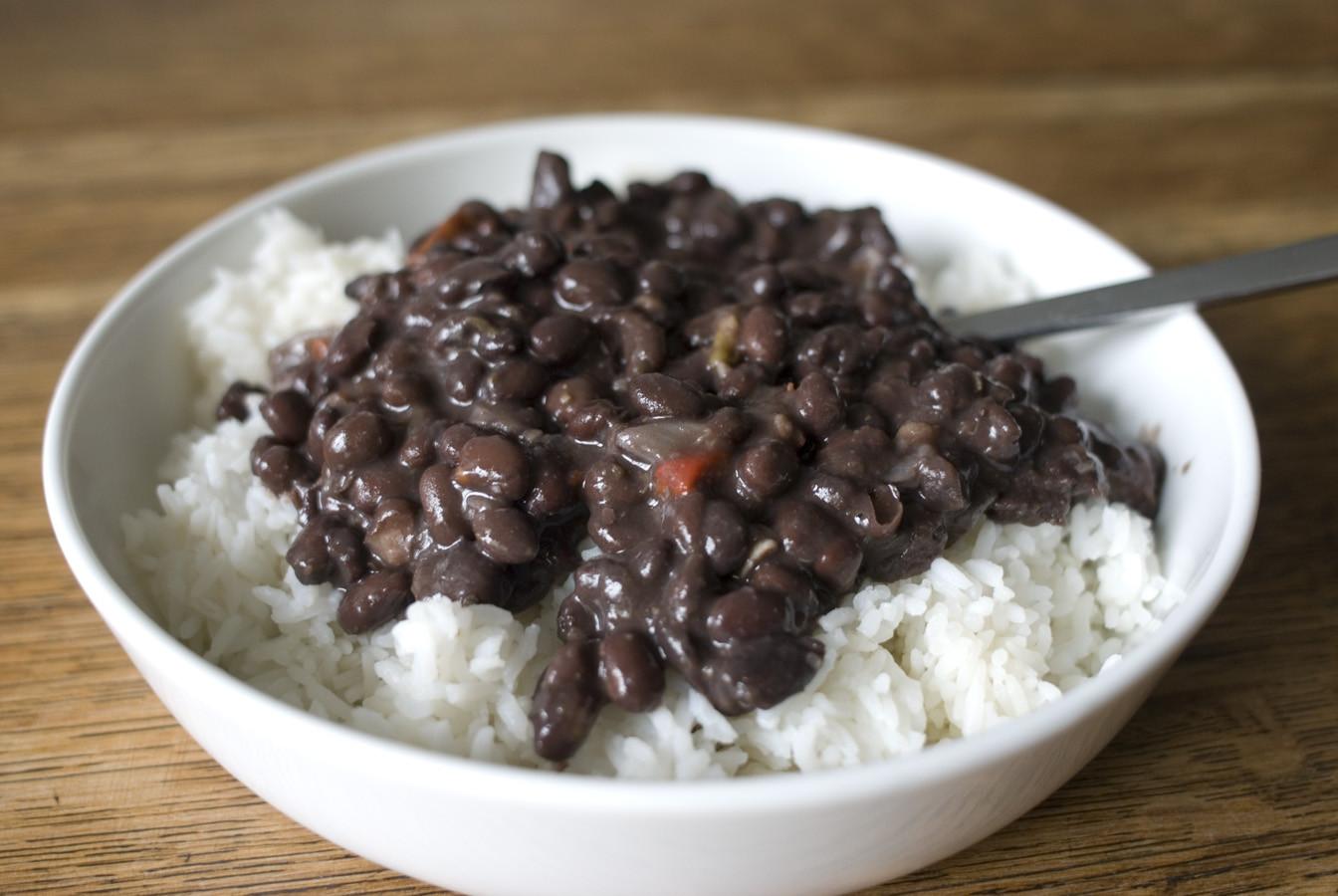 Cuban Black Beans And Rice  Simmering Over the Kolz Noche Buena de Cuba