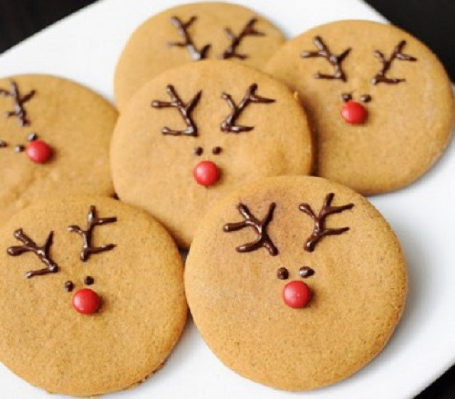 Cute Christmas Cookies  22 Easy Christmas Treats For Your Kids This Holiday