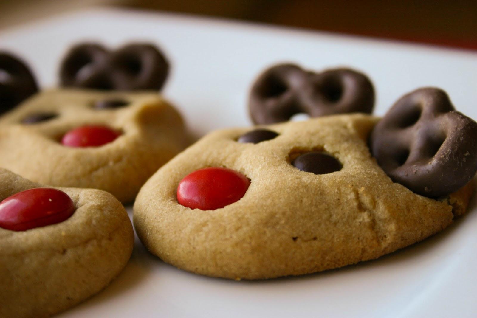 Cute Christmas Cookies  Bakergirl Peanut Butter Reindeer Cookies