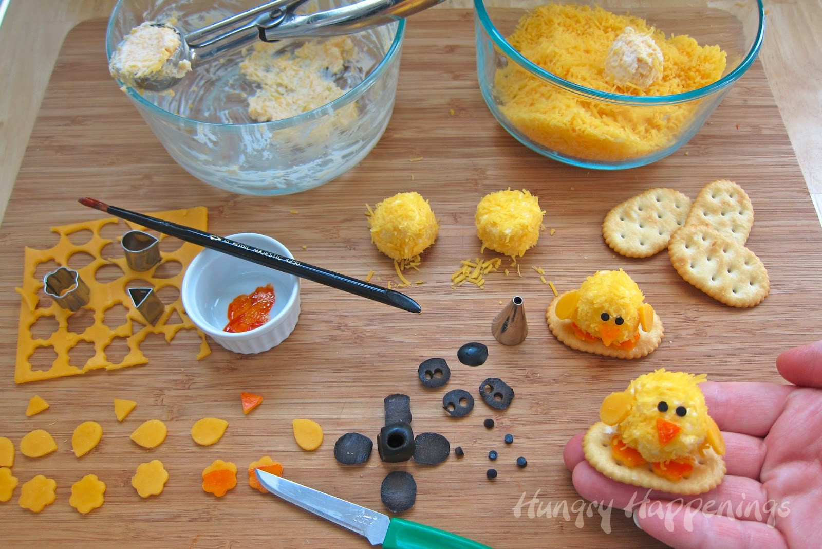 Cute Easter Appetizers  Easter Appetizers Baby Chick Cheese Balls are so CUTE