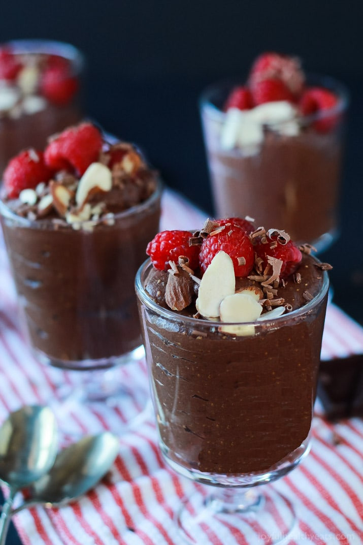 Dark Chocolate Desserts  Decadent Dark Chocolate Chia Pudding