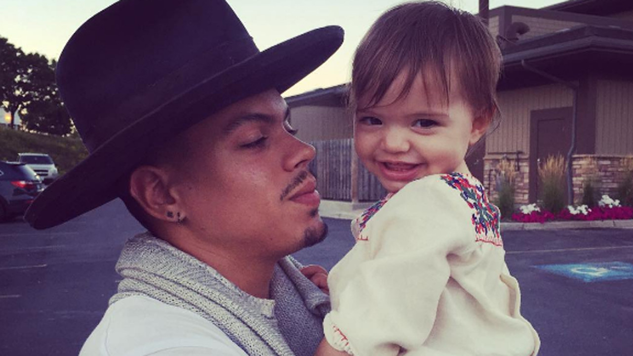 Daughter For Dessert Ch 8  Evan Ross s Sweet of Daughter Jagger Dressed as