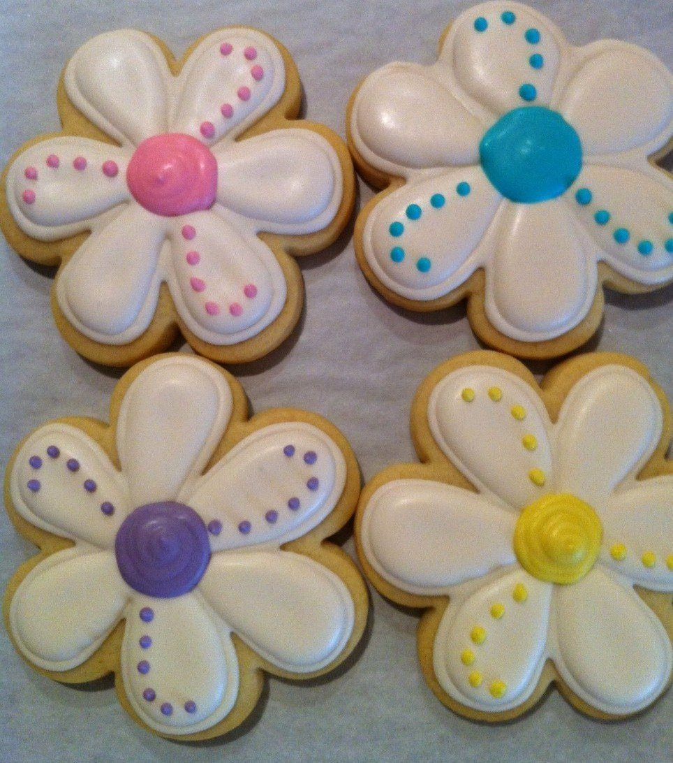 Decorated Sugar Cookies  Daisy Spring Flower Decorated Sugar Cookies 1 Dozen 12