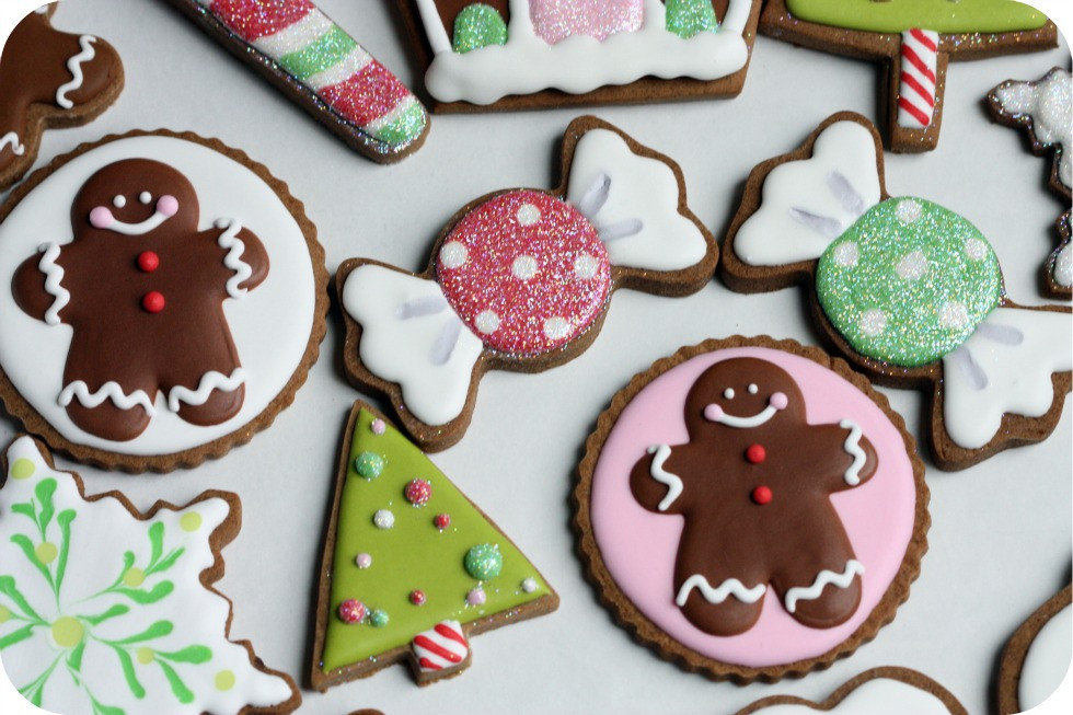 Decorating Christmas Cookies  Staying Organized While Decorating Cookies – 10 Tips
