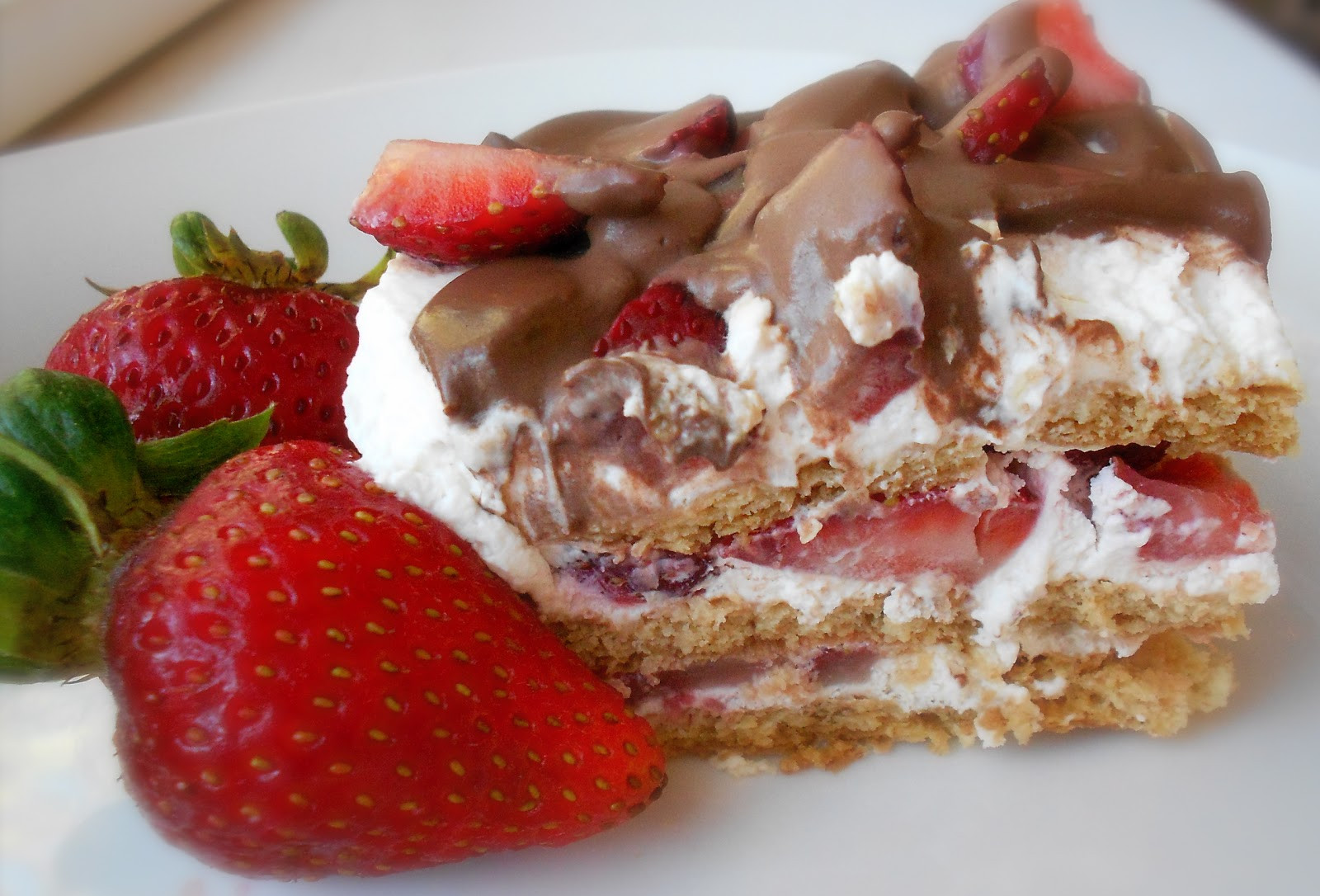 Delicious Easy Desserts  No Bake Strawberry Ice Box Cake Six Sisters Stuff