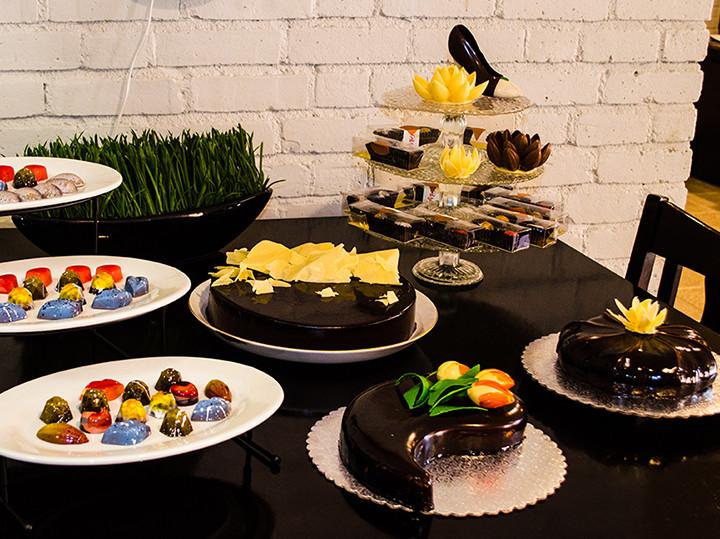 Dessert Colorado Springs  Parfait sweets Premium Mirror Glaze Cakes Dessert Bars