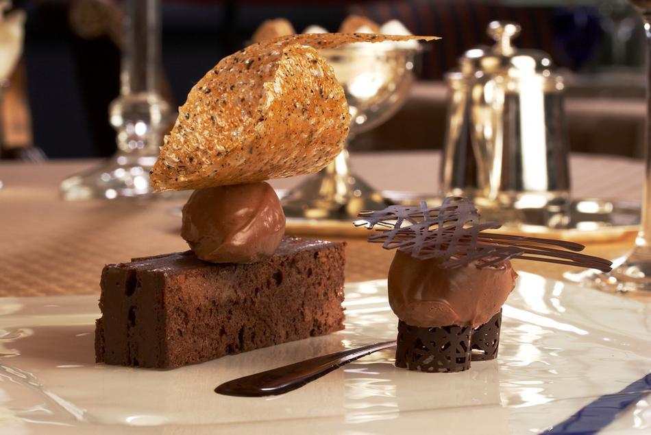 Dessert Colorado Springs  The Broadmoor in Colorado Springs Vacation Idea