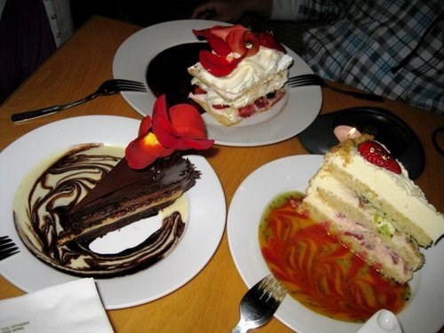 Dessert Place In San Diego  Join the Happy Hour at Extraordinary Desserts in San Diego