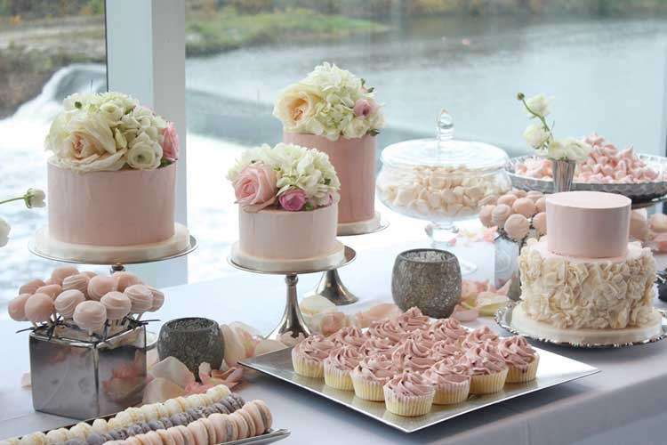 Dessert Table Wedding  Wedding Dessert Table