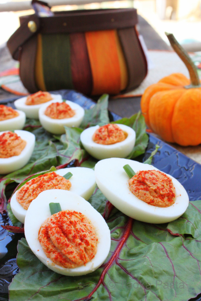 Deviled Eggs Halloween  30 Creative Deviled Egg And Hard Boiled Egg Holiday Ideas