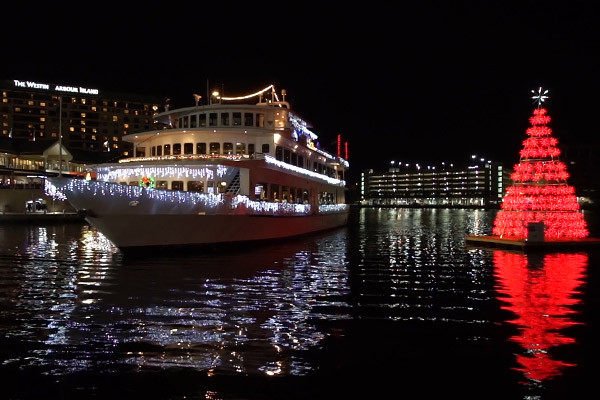 Dinner Cruise Tampa  Christmas Eve Cruises In Tampa and Clearwater