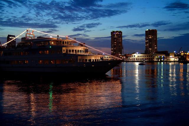 Dinner Cruise Tampa  Starship Dinner Cruise Tampa FL
