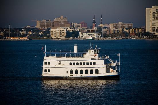 Dinner Cruises Charleston  Spiritline Dinner Cruises Charleston Menu Prices