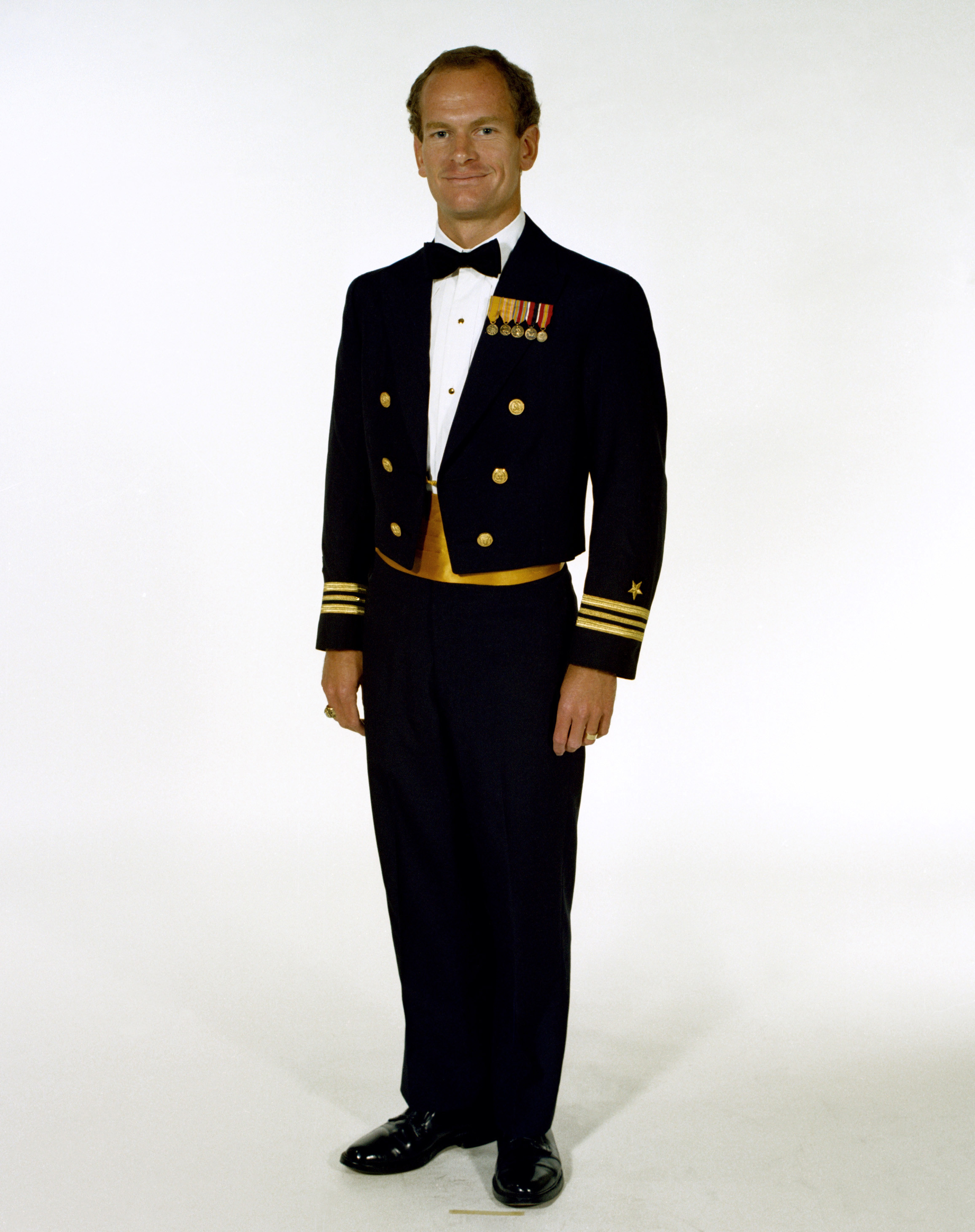 Dinner Dress Blues  Uniform Dinner dress blue jacket male Navy officers