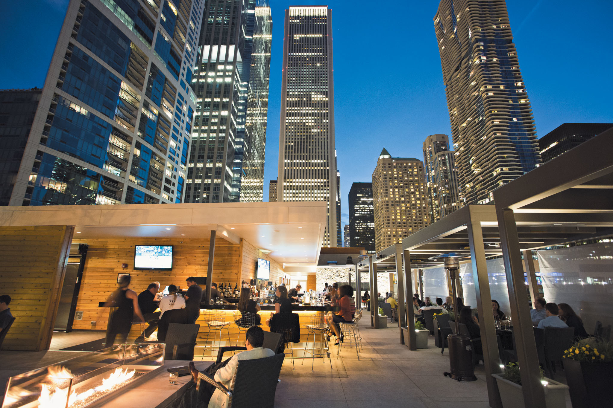 Dinner In Chicago  Best Rooftop Restaurants in Chicago for Outdoor Dining