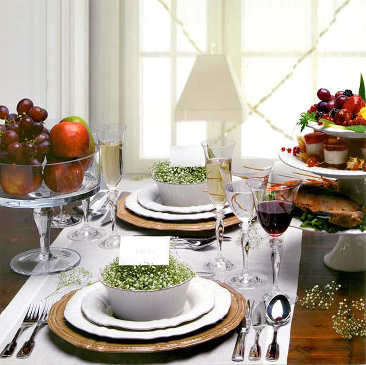 Dinner Table Deco  How to Make Dining Table Décor for Round Table Shape