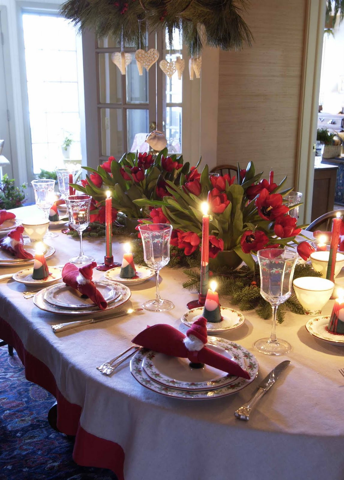 Dinner Table Deco  5 Christmas Table Decorations