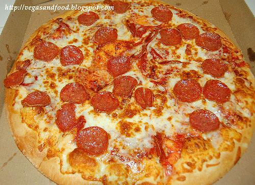 Domino'S Pepperoni Pizza Calories  SLICE OF PEPPERONI PIZZA CALORIES PEPPERONI PIZZA