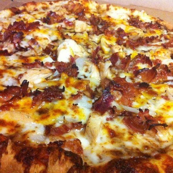 Dominos Bbq Chicken Pizza  Domino s Pizza Memphis Bbq Chicken Pizza Foodspotting