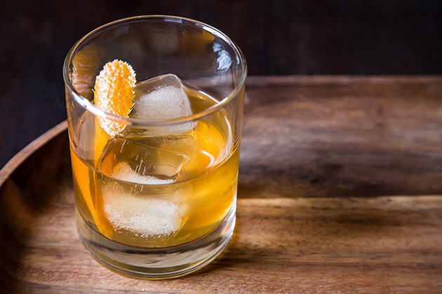 Drinks Made With Bourbon  Essential Cocktail Recipes 30 Best Whiskey Drinks